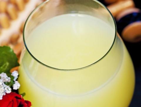 Квас белый на яблоках прекрасно тонизирует и бодрит! Лучший напиток на 1 января!
