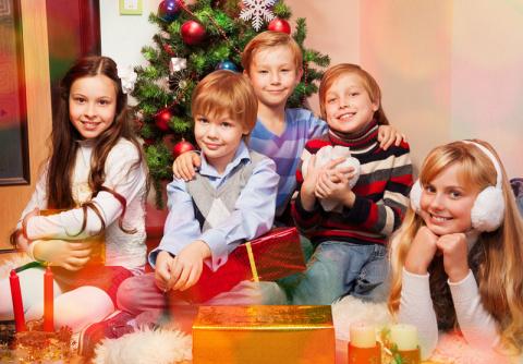 Чем развлечь детей в новогоднюю ночь