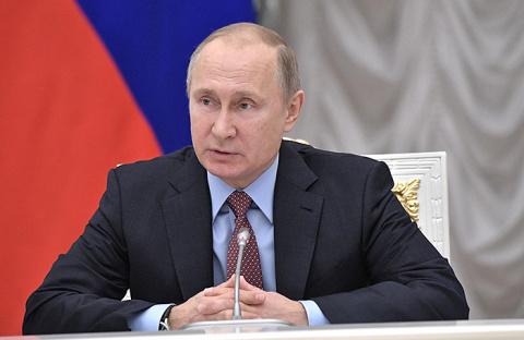 Юмашев и Волошин рассказали Авену об обстоятельствах первого выдвижения Путина в президенты