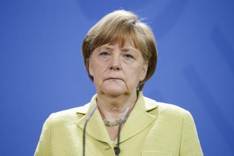 Меркель подтвердила гибель г…