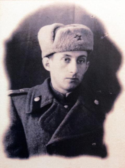 100-летний ветеран взбесил у…