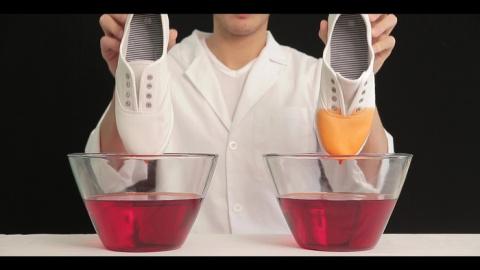 На Кикстартере собирают средства на производство защитной жидкости, с которой ваша обувь и одежда больше не потребуют чистки и стирки