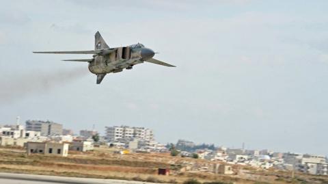 Сирия: авиация нанесла удар по позициям ИГ* у границы с Ливаном