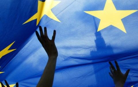 Подарок с сюрпризом: «безвиз» для Украины или Далеко идущие планы на тему «Куда деть мигрантов»