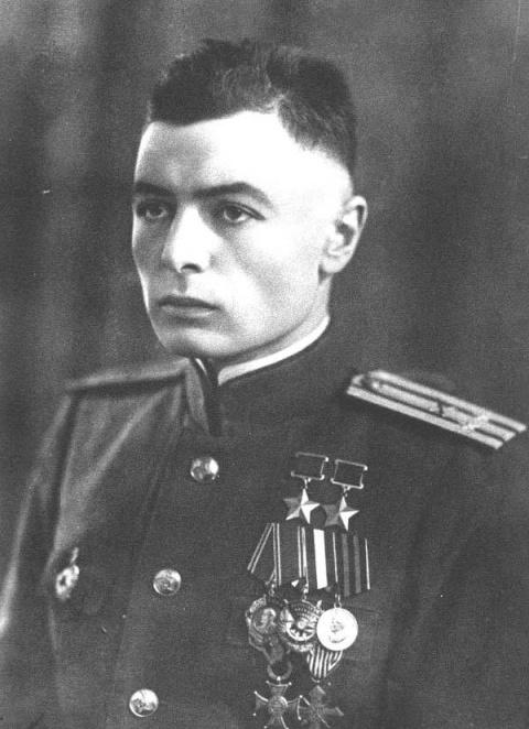 Петров Василий Степанович – …