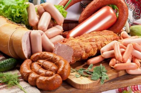 Как сохранить свежей колбасу…