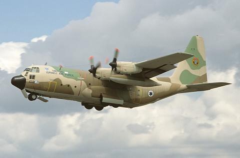 C-130 Геркулес. Сегодня исполнилось 60 лет первому полету ветерана