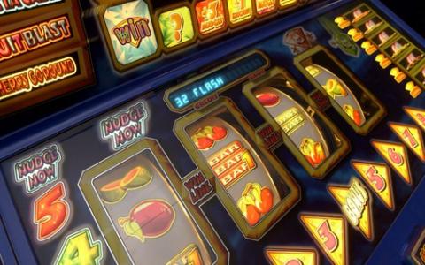 Казино Супер Слотс: почему людей так тянет к азартным играм и риску?