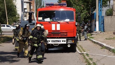 В ЛНР пожарная машина наехала на взрывное устройство, ранены три спасателя