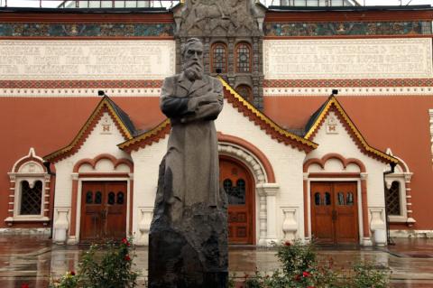 Во Владивосток привезут подл…
