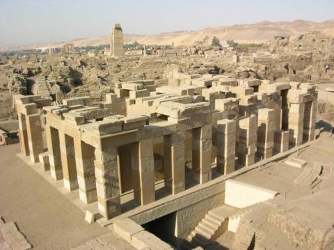 ЧТО НАПОЛЕОН ИСКАЛ И БЫТЬ МОЖЕТ НАШЕЛ В ЕГИПТЕ?