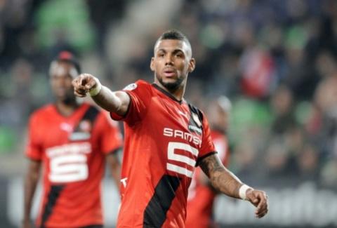 «Зенит» предлагает за полузащитника «Ренна» Мвилу более 10 млн. евро