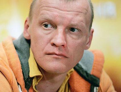 Алексей Серебряков купит таунхаус в Канаде