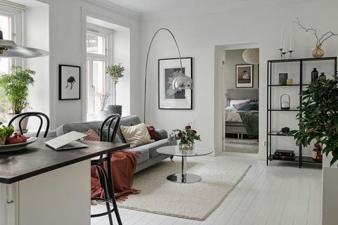 В этой небольшой квартире очень много уюта и стиля