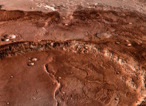 Ученые показали на видео самую большую марсианскую долину