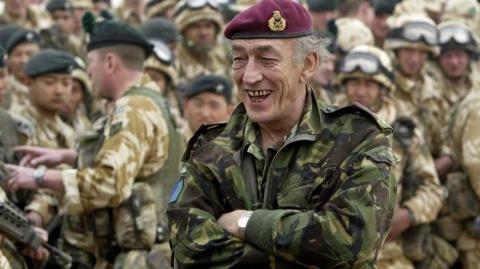 СМИ: британский генерал подо…