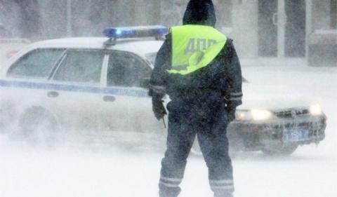 """Как сотрудники ГИБДД """"разводят"""" водителей зимой"""