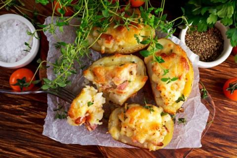 Фаршированный картофель: три вкусные идеи