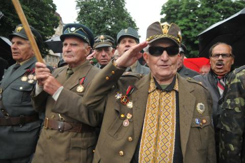 Украинские депутаты поддержа…