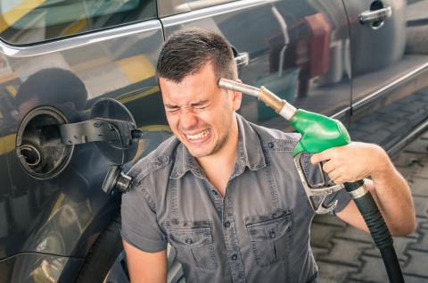 Россиян ждет очередная волна роста цен на бензин