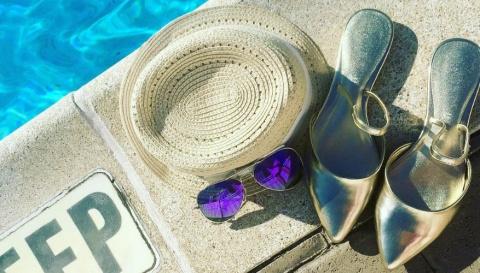 Металлолом: 19 пар блестящей обуви на осень