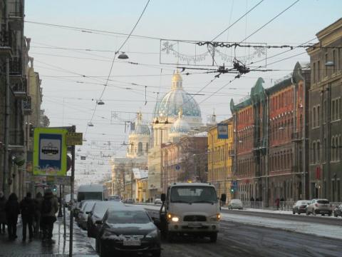 Общие сравнительные впечатления киевлянина, гостившего у друга в Петербурге.