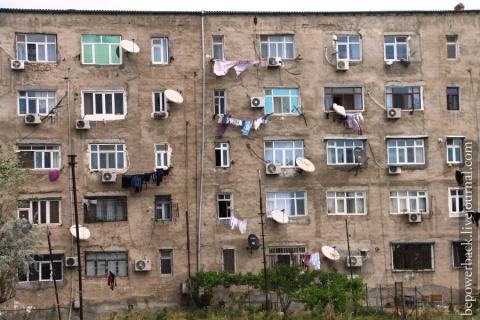 Дворы и самострои Азербайджана
