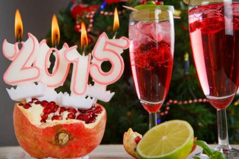 Коктейли на Новый год: Гранатовый физз