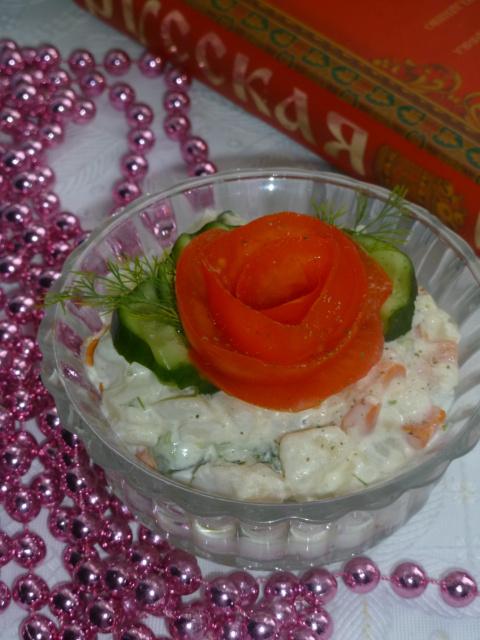 Салат овощной с рыбой  (Русская кухня)
