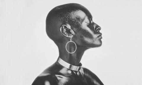 Как бритоголовые женщины меняли стандарты красоты