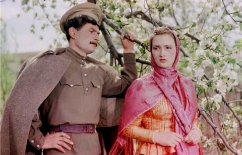 Минуты славы и забвения: по чьей вине звезда советского кино Зинаида Кириенко надолго исчезла с экранов