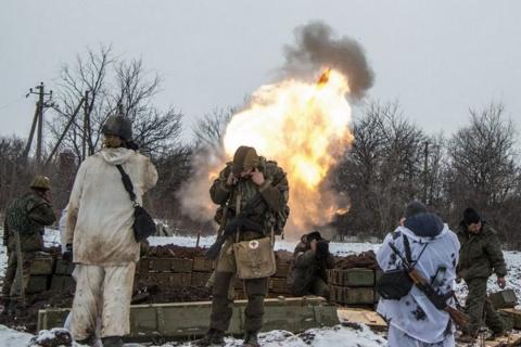 ВСУ снова бьют по Ясиноватой (ВИДЕО)