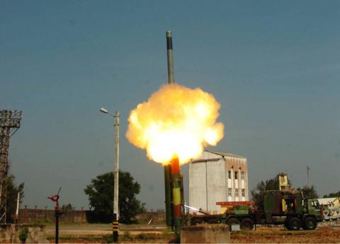 Первое испытание ракеты Brah…