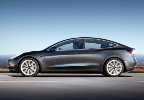 Tesla улучшит автомобили по …