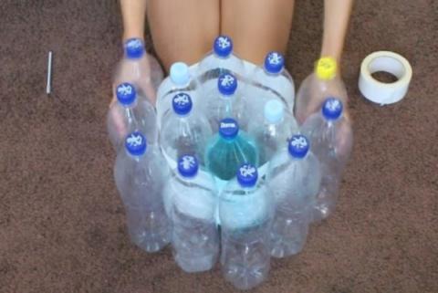 Находка для дачного уюта! 19 пластиковых бутылок — и новый пуф готов!