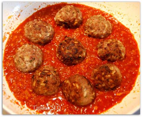 Домашняя словенская кухня. Čufti (чюфти) в томатном соусе