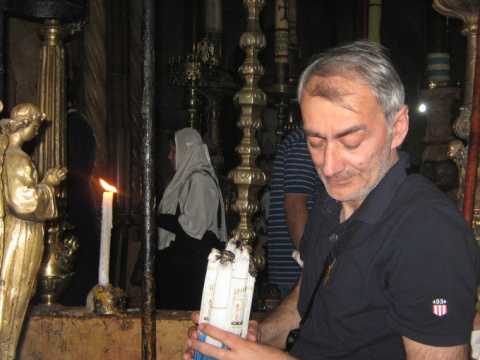 Харатов Слава у Кувукли в Храме Воскресения Христова Еирусалим