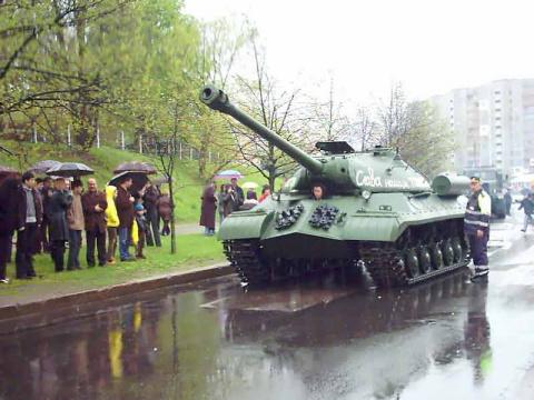 Ополчение оставило Лисичанск и окружило 25-ю аэромобильную бригаду