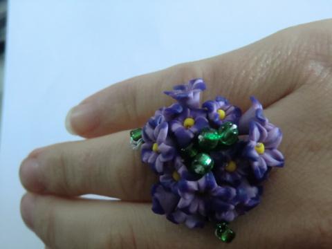 кольцо из цветов