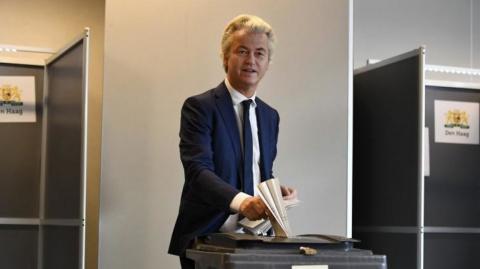 Политик из Нидерландов намерен «бороться с русофобией»