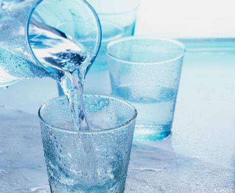 8 способов удаления лишней жидкости из организма