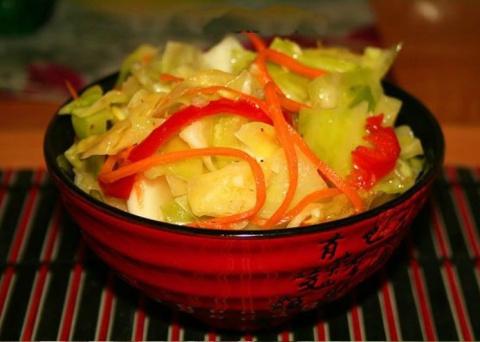6 рецептов закуски салаты из капусты. Маринованные кабачки. Копченый лосось
