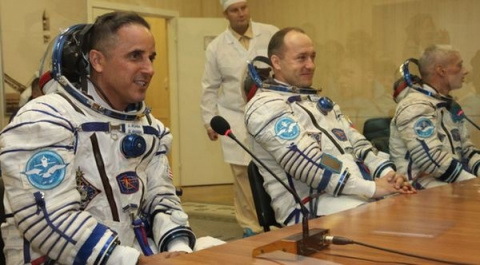 «Союз» сновым экипажем МКС …