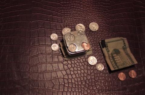 Новая старая монетница