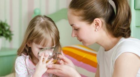 Чем кормить ребенка во время…