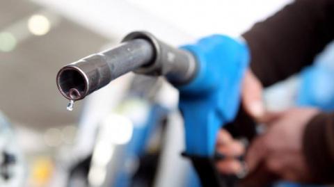 Топливо, шины, тормоза, масло: Развенчиваем мифы