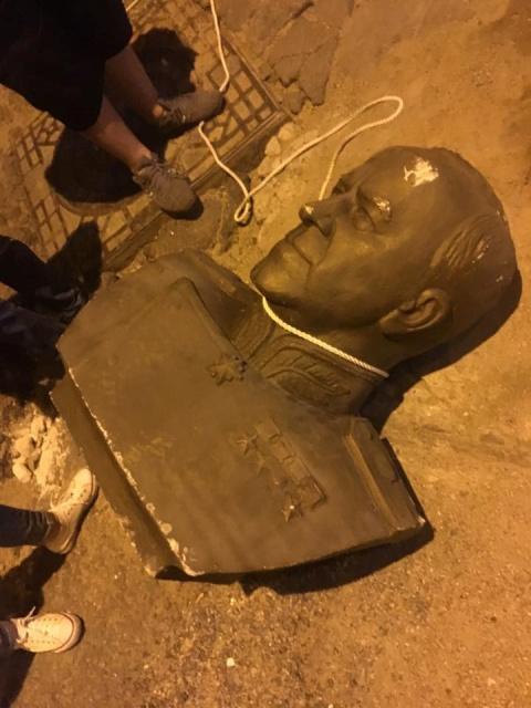 В Одессе разбили бюст маршал…