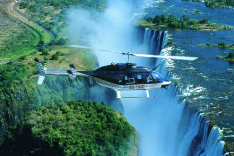 МЕСТА ДАЛЁКИЕ И БЛИЗКИЕ. Водопад Виктория, Замбия и Зимбабве