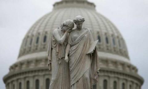 Fitch угрожает США понижение…