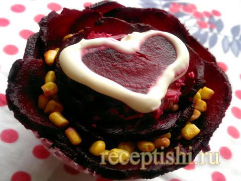 Салат из свеклы Цветок любви